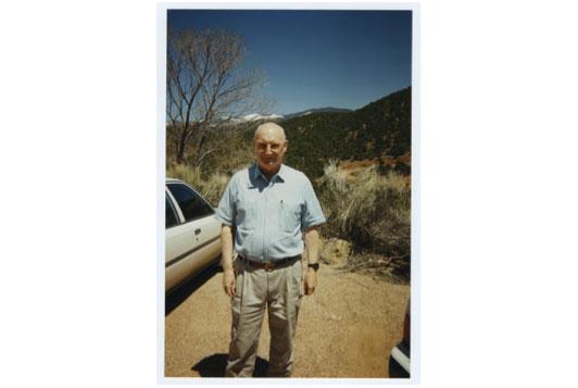 На снимке: Эндрю «Йода» Маршал, руководитель Пентагоновского Управления оценки сетей (ONA) и сопредседатель Горного Форума, на одном из первых собраний Форума в Институте Санта-Фе в 1996 году. В январе 2015 года должен уйти в отставку.